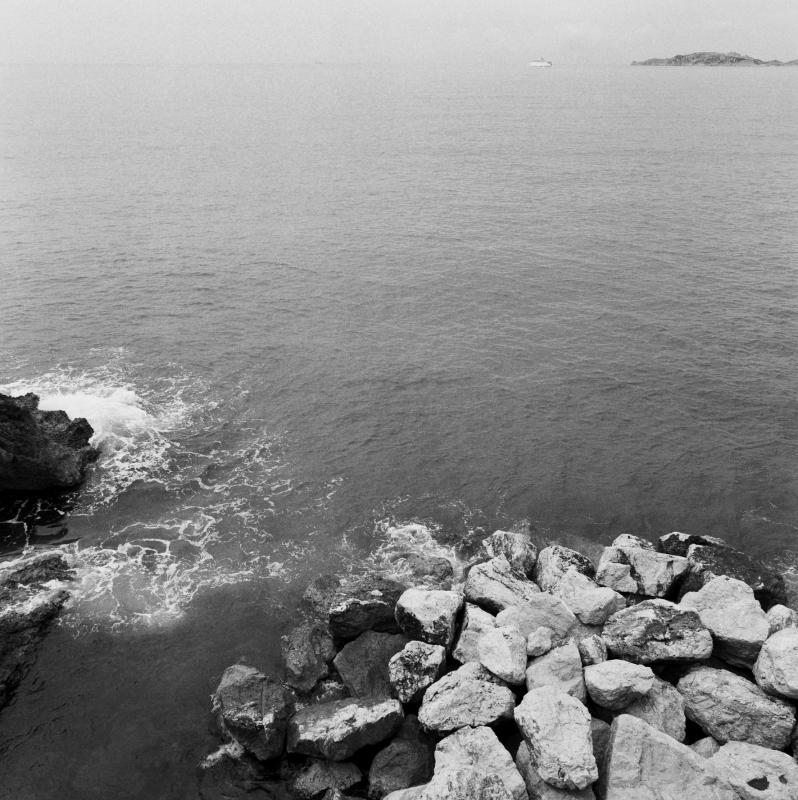 Corniche6.jpg 200 left 199x200 200 199x200